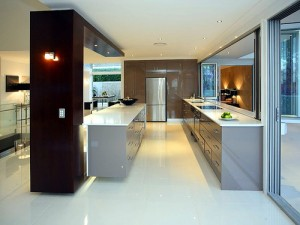 Straight lines modern kitchen countertops